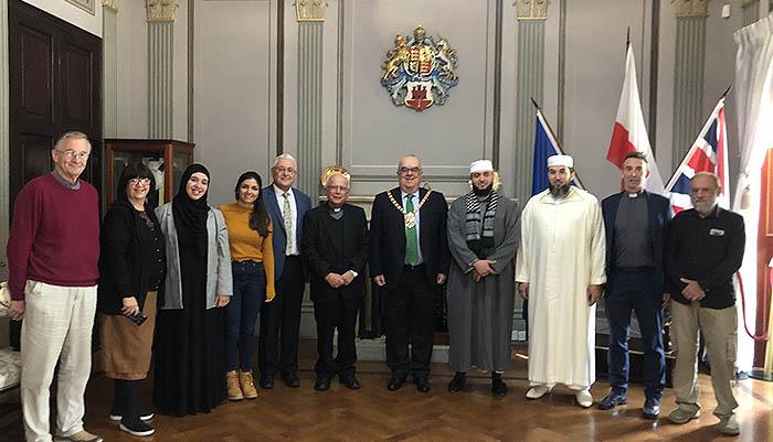 Representantes de las religiones de Gibraltar, con el alcalde en el centro. Foto InfoGibraltar