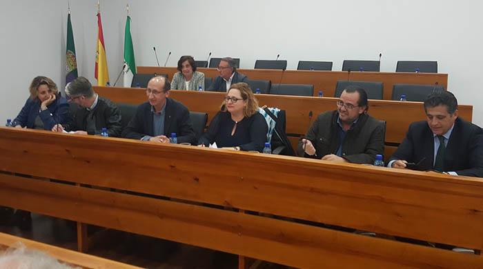 Representantes del Grupo Transfronterizo en la reunión con Mancomunidad