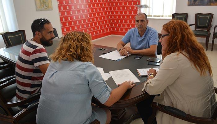Un momento de la reunión en el Ayuntamiento de San Roque