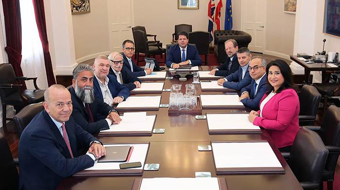 Reunión del nuevo Gobierno de Gibraltar