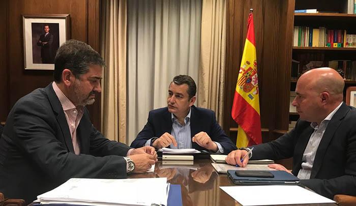 Arriaga, Sanz y Macías, en la reunión de hoy
