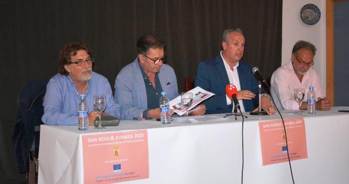 El alcalde presentó el proyecto a los sanroqueños