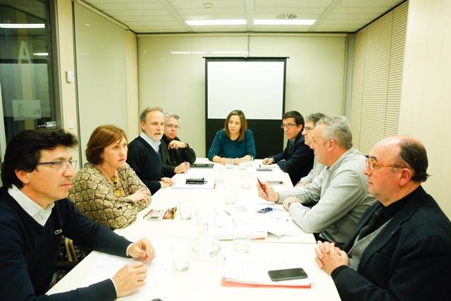 Imagen de la reunión celebrada en la sede socialista de la calle Ferraz