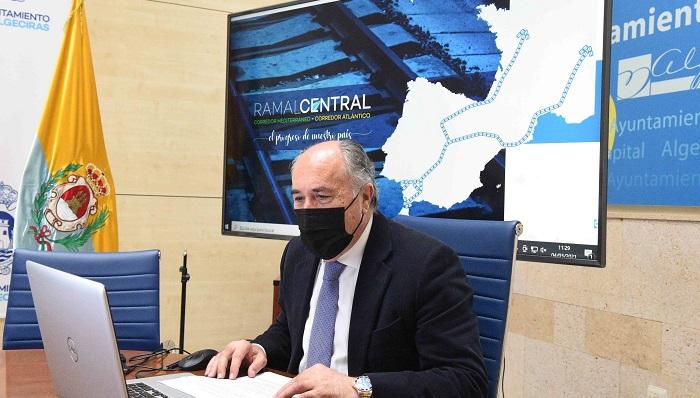Landaluce presenta el Ramal Central a un colectivo de empresarios
