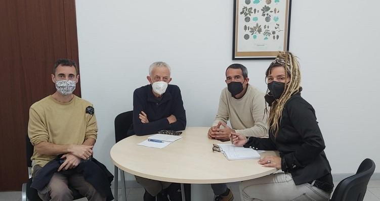 Un momento de la reunión de esta mañana. Foto: lalínea.es