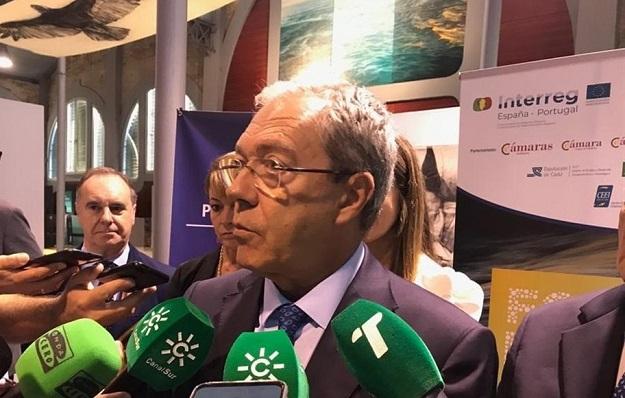 El consejero Rogelio Velasco, esta mañana en Huelva