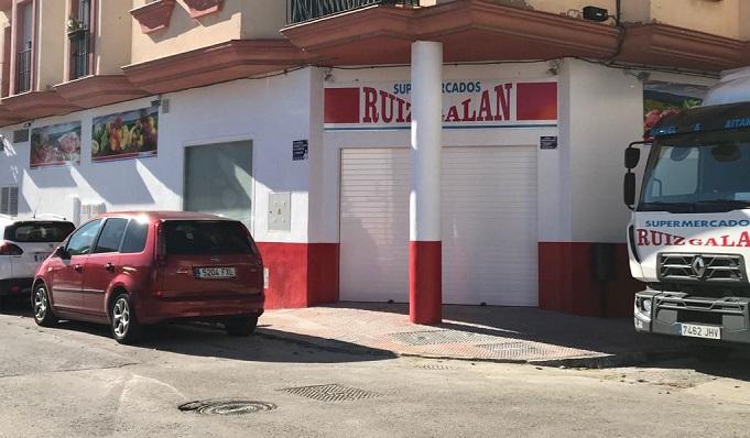 Uno de los supermercados de la familia Ruiz-Galán