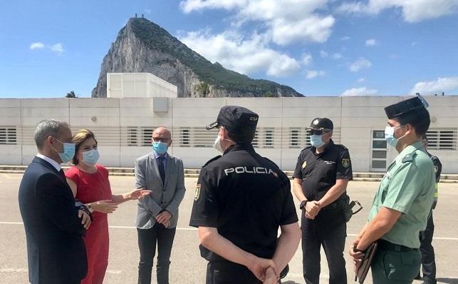 La delegada del Gobierno en Andalucía en una reciente visita a la zona