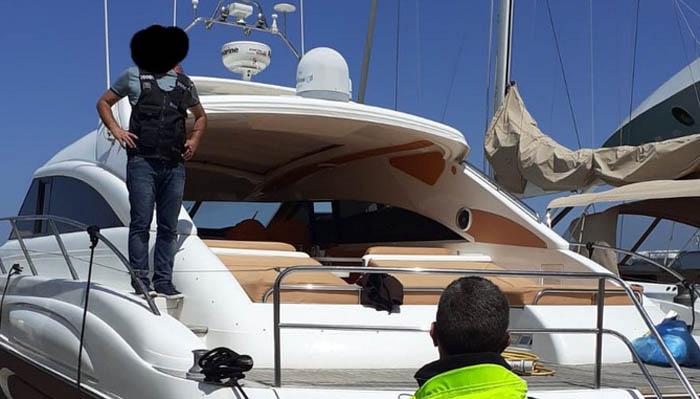 Se incautaron un yate de lujo, 200.000 euros y varios dispositivos electrónicos