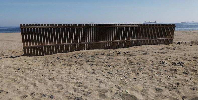 Uno de los elementos instalados por la Delegación Municipal de Playas