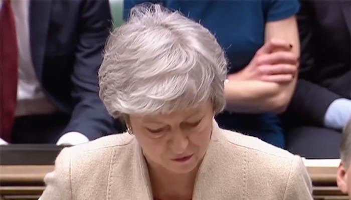 Theresa May, en la sesión de ayer en la Cámara de los Comunes