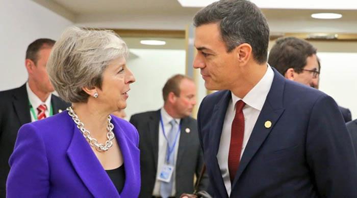 Theresa May y Pedro Sánchez
