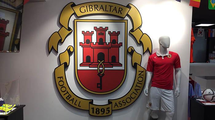 Tienda comercial de la Federación de Fútbol de Gibraltar, en una imagen de archivo. Foto NG