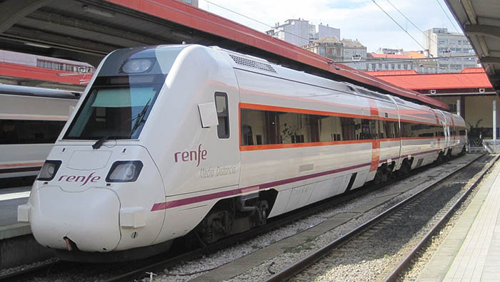 Tren de la serie 598 en Algeciras