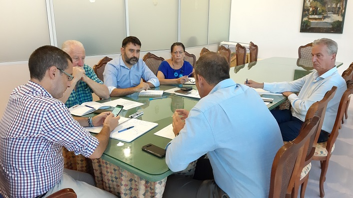 Juan Franco y sus tenientes de alcalde, esta mañana en plena reunión