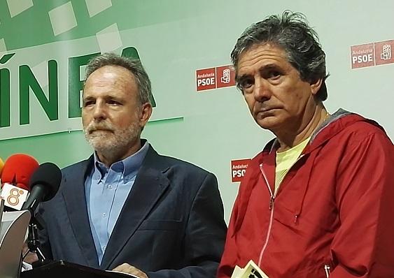 Juan José Uceda, portavoz de ASCTEG, junto al socialista De la Encina
