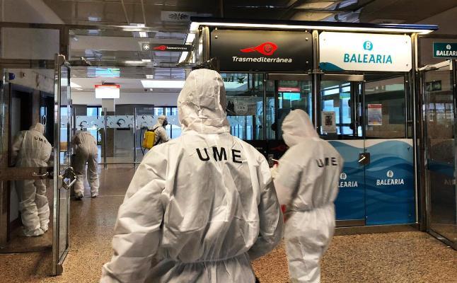 Elementos de la UME en el puerto de Algeciras. Foto Subdelegación del Gobierno