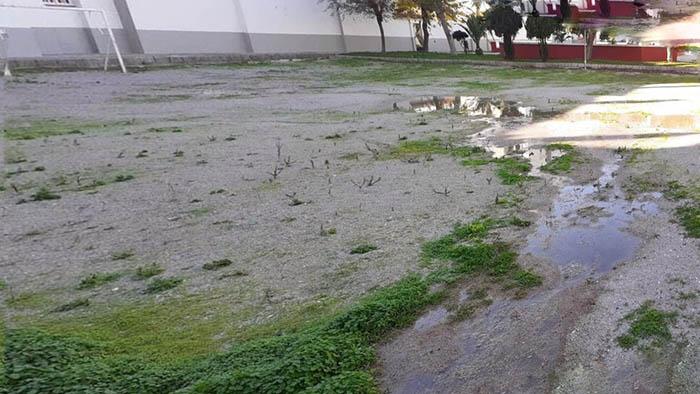 Salida de aguas fecales en Las Dunas, en La Línea. Foto Verdermar
