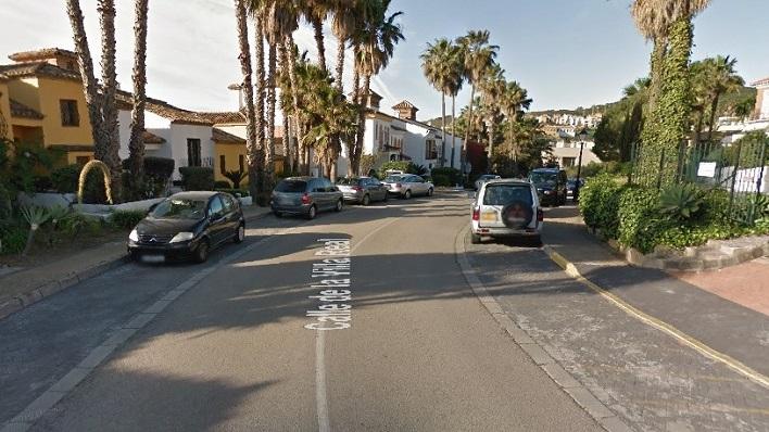 Una de los viales de la Urbanización La Alcaidesa