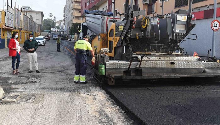 Las obras de asfaltado en la avenida Victoria Eugenia, a buen ritmo
