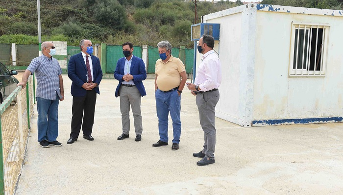 Arranca el proceso para dotar de césped artificial a los campos de Algeciras