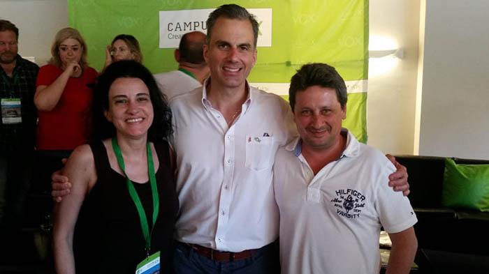 Juan Carlos Sanz, a la derecha de la imagen