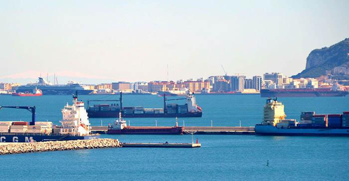 Concentración de buques en la Bahía de Algeciras