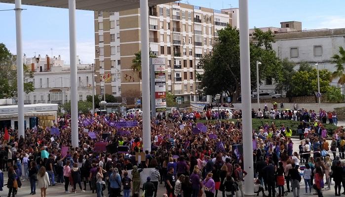 El PSOE de Algeciras aboga por la igualdad y la dignidad de las mujeres