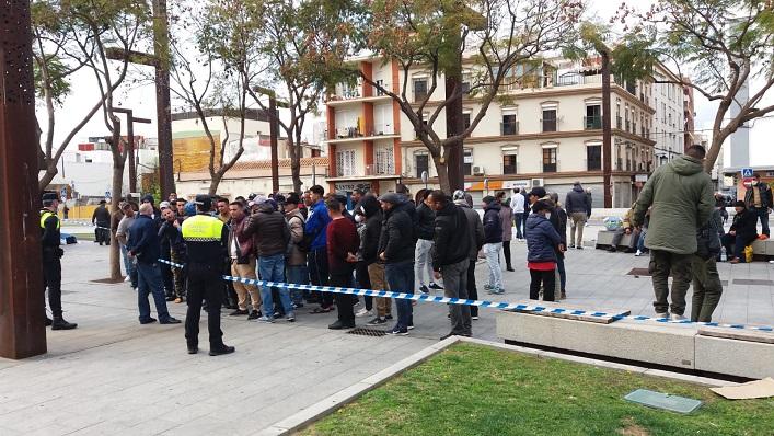 Una imagen reciente de estas personas difundida por el Ayuntamiento de Algeciras