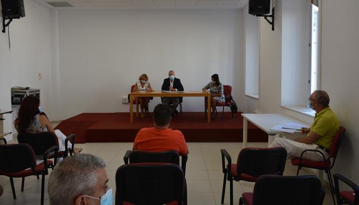 Reunión entre el alcalde y los representantes de los trabajadores