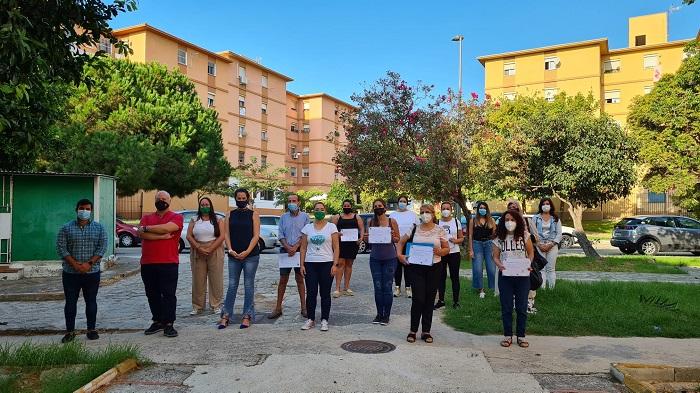 La asociación Barrio Vivo de Algeciras realiza un curso de ayuda a domicilio
