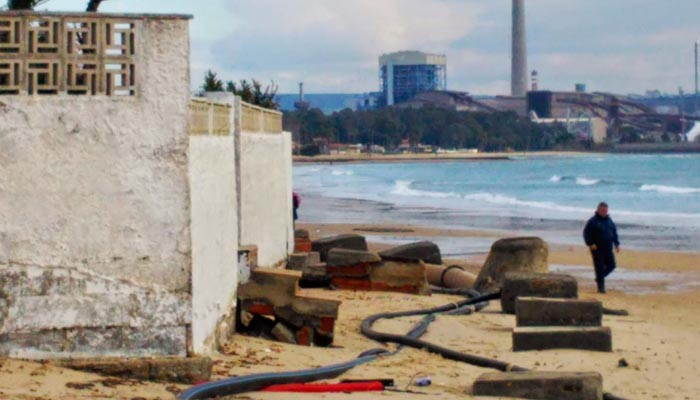 Una de las imágenes con la que Verdemar denuncia la pérdida de arena en la costa