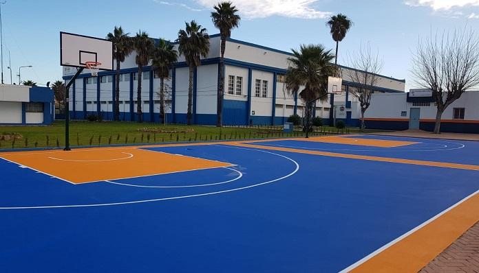 Así son las nuevas canchas de baloncesto de La Línea. Foto: lalínea.es
