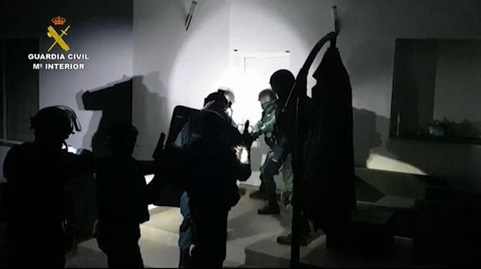 Desmantelados seis grupos dedicados al blanqueo en la comarca y Cádiz
