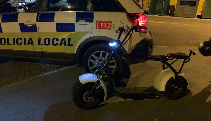 La Policía impone 50 denuncias a patinetes eléctricos en Algeciras