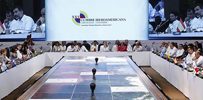 XXV Cumbre Iberoamericana en Cartagena de Indias en Colombia apoya a España en la cuestión de Gibraltar