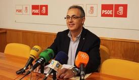 El PSOE analiza con empresarios distintas propuestas económicas locales