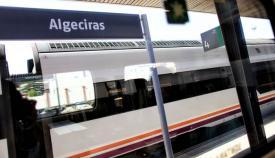 El tren Algeciras-Madrid descarrila y deja cinco heridos