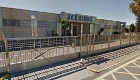 Fallece un trabajador tras precipitarse de un techo en Acerinox