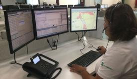 Una operadora del Servicio de Emergencias 112 en Andalucía