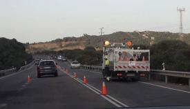 La DGT refuerza con conos el tramo Algeciras-Tarifa y de acceso a Bolonia