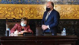 Landaluce recibe en el Ayuntamiento a la delegada del Gobierno