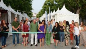 La concejal Belén Jiménez, delegada municipal de comercio, inauguró la feria