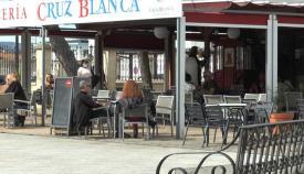 Uno de los bares de San Roque, en la Alameda Alfonso XI