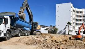 Las obras del edificio multiusos de Torreguadiaro ya han comenzado. Foto: Multimedia