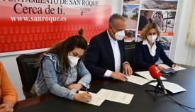 Imagen de la firma del convenio con Nuevo Hogar Betania