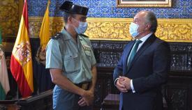 Landaluce recibe al nuevo jefe de la Comandancia de la Guardia Civil