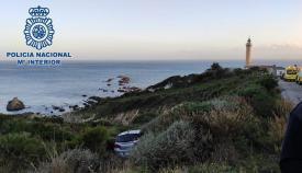 Rescatada en Algeciras una mujer tras caer por una ladera en Punta Carnero