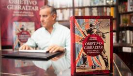 Alfonso Escuadra en la presentación de su libro- Objetivo Gibraltar / Foto: Sergio Rodríguez