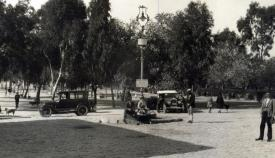 Plaza de Alfonso XIII -actual de Andalucía- y Alameda en 1928. Imagen de Antonio Quijano. Archivo Municipal de San Roque